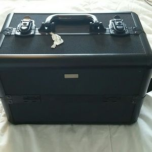 Sephora professional Large Cosmetic TrainCase